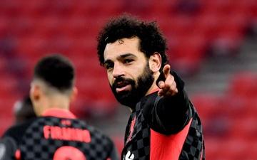 Tận dụng sai lầm kép của đối thủ, Liverpool đặt một chân vào tứ kết Champions League