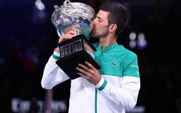 """Novak Djokovic """"hủy diệt"""" Medvedev để lần thứ 9 vô địch Australian Open"""