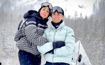 """Loạt ảnh cực tình trong tuyết trắng của Ronaldo và bạn gái nhân dịp """"sinh nhật kép"""""""
