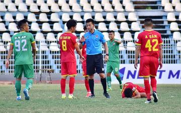 Nhẹ tay với thủ môn ăn mừng khiêu khích, trọng tài Đỗ Anh Đức đối diện án phạt
