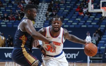 "Julius Randle ""vùi dập"" Zion Williamson và Brandon Ingram, đưa New York Knicks bay cao"