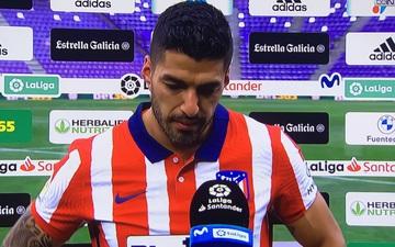 Suarez chỉ trích Barca trong ngày đăng quang La Liga