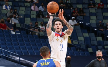 Lonzo Ball toả sáng rực rỡ, quyết tâm bám đuổi Stephen Curry và Golden State Warriors tới cùng