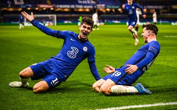 Chùm ảnh: Cầu thủ Chelsea sung sướng tột độ với tấm vé chơi chung kết Champions League