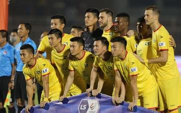 Cầu thủ Sông Lam Nghệ An cách ly sau khi được xác định là F2 của bệnh nhân Covid-19