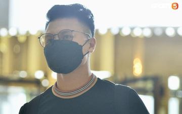 """Quang Hải, Văn Toàn diện """"đồ hiệu"""" đến hội quân tuyển Việt Nam, Xuân Trường kín như bưng khó nhận ra"""