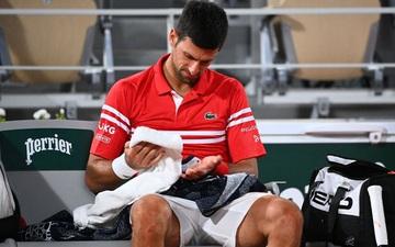 Djokovic đổ máu để đại chiến Nadal tại bán kết Roland Garros