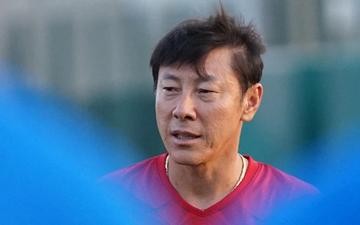 """HLV Shin Tae-yong cay cú trọng tài, đăng lên mạng xã hội """"truy cứu"""" sau trận thua Việt Nam"""