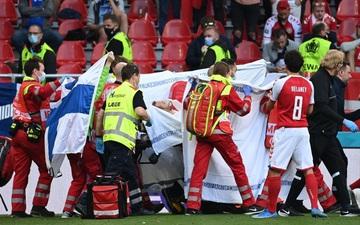 Lá Quốc kỳ Phần Lan che cho Eriksen và những hình ảnh khiến cả thế giới quặn thắt con tim