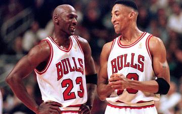 Scottie Pippen tiết lộ những chi tiết gây sốc trong mối quan hệ với Michael Jordan