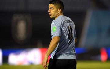 """Suarez """"tịt ngòi"""", Uruguay hòa không bàn thắng với Paraguay"""