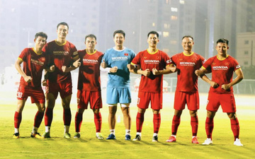 Trọng Hoàng gia nhập nhóm cầu thủ 9X, tuyển Việt Nam hào hứng đếm ngược giờ thi đấu với Indonesia