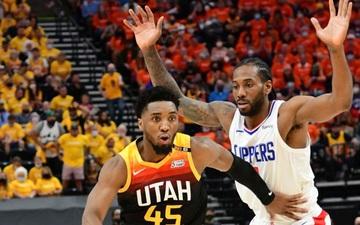 """""""Cơn lốc"""" Donovan Mitchell tỏa sáng rực rỡ, Utah Jazz lội ngược dòng ngoạn mục trước Los Angeles Clippers"""