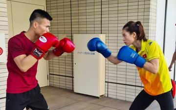 VĐV Việt Nam tập luyện từ sáng sớm, hợp với đồ ăn ở Olympic Tokyo