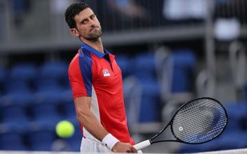 Sốc: Djokovic gục ngã ở bán kết, tan vỡ giấc mơ Vàng Olympic