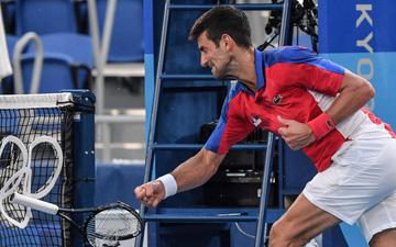 Novak Djokovic trắng tay rời Olympic với 4 trận thua liên tiếp trong 24 giờ