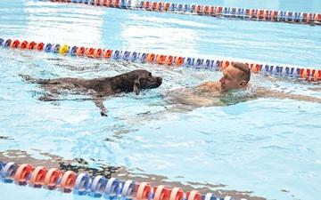 VĐV xuất sắc nhất Olympic Tokyo khiến tất cả trầm trồ khi khoe tài nghệ của cún cưng