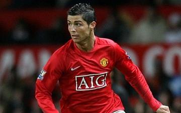 Thương vụ Ronaldo: Khi MU bắn một mũi tên trúng ba đích