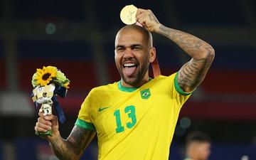 Chùm ảnh: Brazil ăn mừng huy chương vàng Olympic bóng đá nam 2020