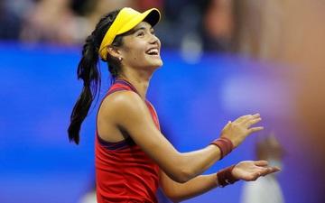 """Từng bỏ cuộc ở Wimbledon vì """"khó thở"""", nữ tay vợt tuổi teen xinh đẹp tạo nên điều không tưởng để vào chung kết US Open"""