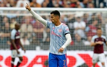 Ảnh cận cảnh: Ronaldo ghi bàn thứ 4 trong 3 trận liên tiếp cho MU