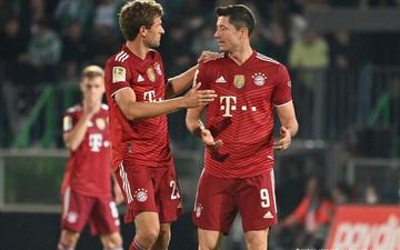 Bayern Munich độc chiếm ngôi đầu Bundesliga dù chơi thiếu người