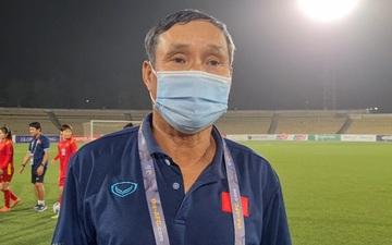 Nhất bảng với 23 bàn thắng, HLV Mai Đức Chung vẫn trăn trở về lối chơi của tuyển nữ Việt Nam