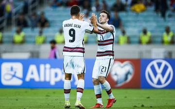 Không cần Ronaldo, Bồ Đào Nha vẫn bất bại tại châu Âu