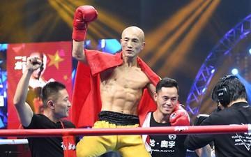 'Đệ nhất Thiếu Lâm' Nhất Long tái xuất, đối đầu cùng võ sĩ cao nhất thế giới