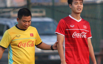 Thay đổi vào phút chót, Văn Toàn quyết định ở lại Việt Nam điều trị chấn thương