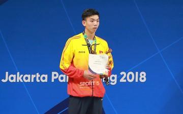 """Kình ngư Nguyễn Huy Hoàng: """"Lần đầu tiên đeo huy chương em thấy... sợ"""""""