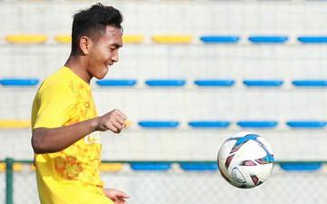 Đội tuyển U22 Việt Nam thích thú với cuộc thi tâng bóng của ban huấn luyện
