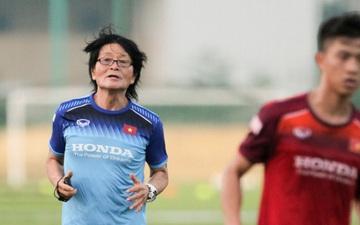 """""""Thần y"""" Hàn Quốc chỉ ra thói quen ăn uống của các cầu thủ khiến bóng đá Việt Nam còn chậm phát triển"""
