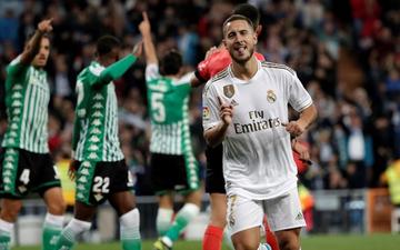 """""""Bom tấn"""" ăn mừng hụt bàn thắng, Real Madrid lỡ cơ hội vàng đánh chiếm ngôi đầu La Liga của kình địch Barcelona"""