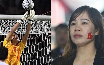 Mẹ thủ môn Văn Toản bật khóc khi nhìn con trai cùng U22 Việt Nam hát Quốc ca trong trận chung kết SEA Games 30