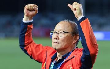 """HLV Park Hang-seo cho cầu thủ đi chơi thoải mái nhưng dặn dò: """"Đừng gây chuyện đấy nhé"""" sau vô địch SEA Games"""