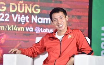 Trò chuyện trực tuyến với tiền vệ Hùng Dũng: Năm nay mình đặc biệt thành công, nhưng Quang Hải vẫn xứng đáng nhất với Quả bóng vàng Việt Nam