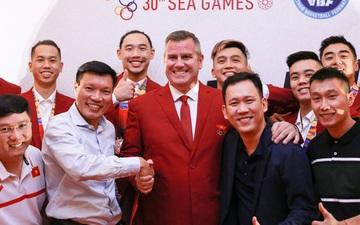 50 sắc thái của cầu thủ bóng rổ Việt Nam trong đêm gala mừng chiến thắng tại SEA Games 30