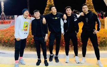 Dàn nam thần U22 Việt Nam tích cực khoe ảnh sống ảo cực chất