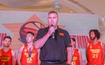 HLV Kevin Yurkus mong muốn kết nối các phong trào bóng rổ ở mọi miền đất nước thông qua giải đấu ABL 10