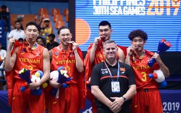 Ảnh: Chiến tích phi thường trong lịch sử bóng rổ Việt Nam với tấm huy chương đầu tiên tại SEA Games