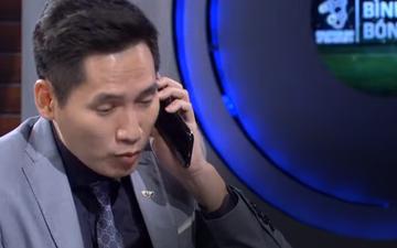 """BTV Quốc Khánh """"ngồi dự bị"""" giống Bùi Tiến Dũng trong chương trình bình luận trước trận U22 Việt Nam vs U22 Singapore"""