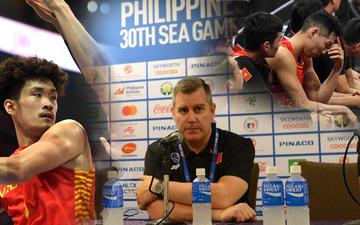 HLV trưởng tuyển bóng rổ Việt Nam thừa nhận thất bại đáng tiếc, hướng các học trò đến trận tranh huy chương đồng