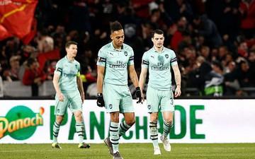 Bước ngoặt tai hại cuối hiệp 1 khiến Arsenal thua thảm ở cúp châu Âu