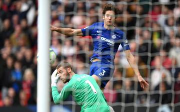 De Gea mắc sai lầm ngớ ngẩn khiến MU mất điểm đáng tiếc trước Chelsea
