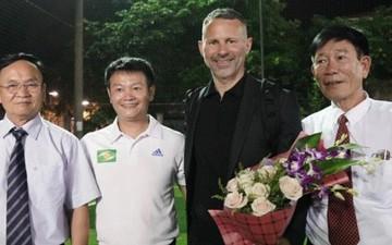 Huyền thoại Manchester United chung tay phát triển bóng đá học đường ở Việt Nam