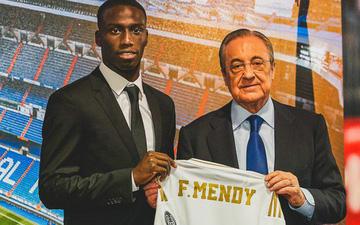 """Cận cảnh màn tâng bóng thảm họa của cầu thủ được mệnh danh """"Mbappe mới"""" vừa được Real Madrid chiêu mộ"""