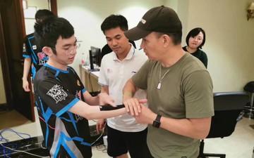 Đẳng cấp như đội mới của thần đồng Esports Việt Nam: Mua biệt thự xa hoa làm gaming house, thuê bác sĩ vật lý trị liệu nổi tiếng Trung Quốc để phục vụ tuyển thủ