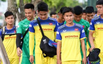 Tuyển thủ U23 Việt Nam nói gì khi phải đá sân cỏ nhân tạo ở SEA Games 2019?