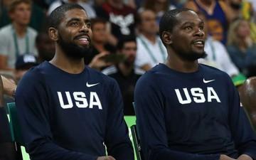 """Knicks nhận """"trái đắng"""" vì Kevin Durant và Kyrie Irving"""